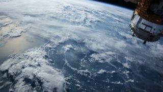 宇宙からみた地球